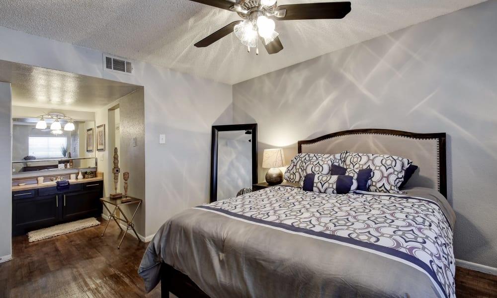 Modern bedroom at Oasis at Oakwell in San Antonio, Texas