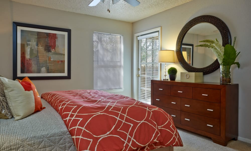 Modern bedroom at Retreat at Hart Ranch in San Antonio, Texas