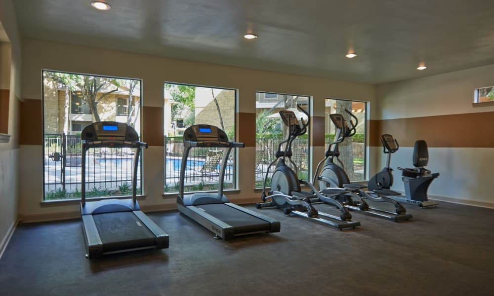 Fitness center at Retreat at Hart Ranch in San Antonio, Texas