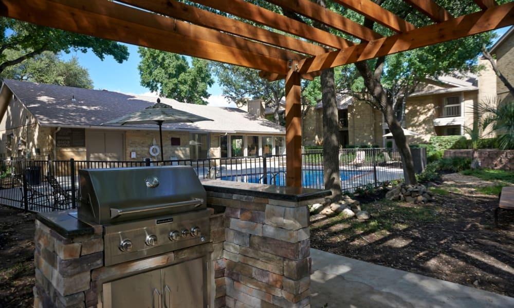 Barbecue area at Retreat at Hart Ranch in San Antonio, Texas