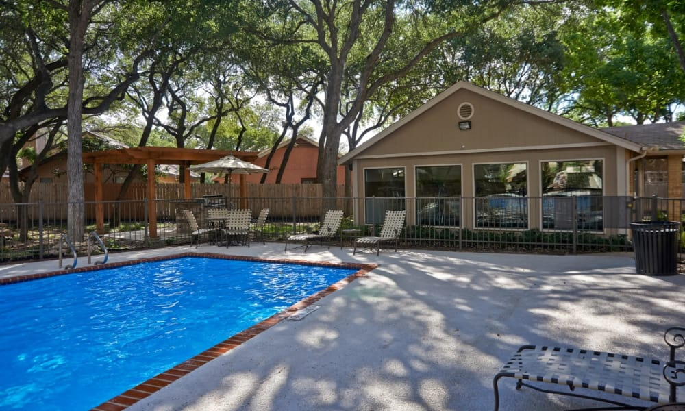 Retreat at Hart Ranch in San Antonio, Texas have a beautiful swimming pool