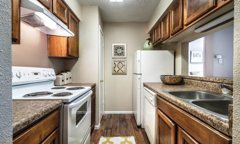 Sedona Canyon offers a fully equipped kitchen in San Antonio, Texas