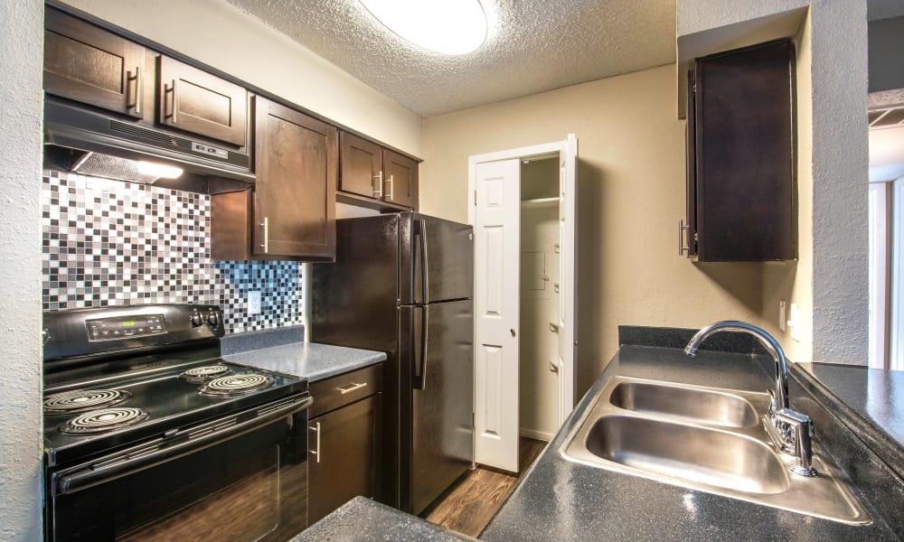 Fully equipped kitchen at Sedona Canyon in San Antonio, Texas