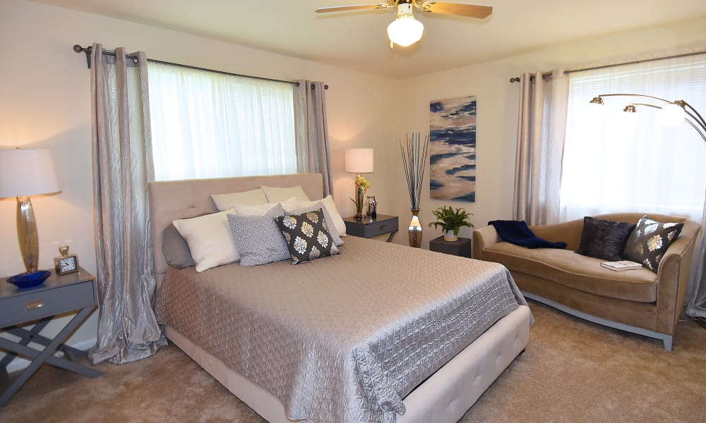 Bedroom at Willow Lake Apartment Homes in Laurel, MD