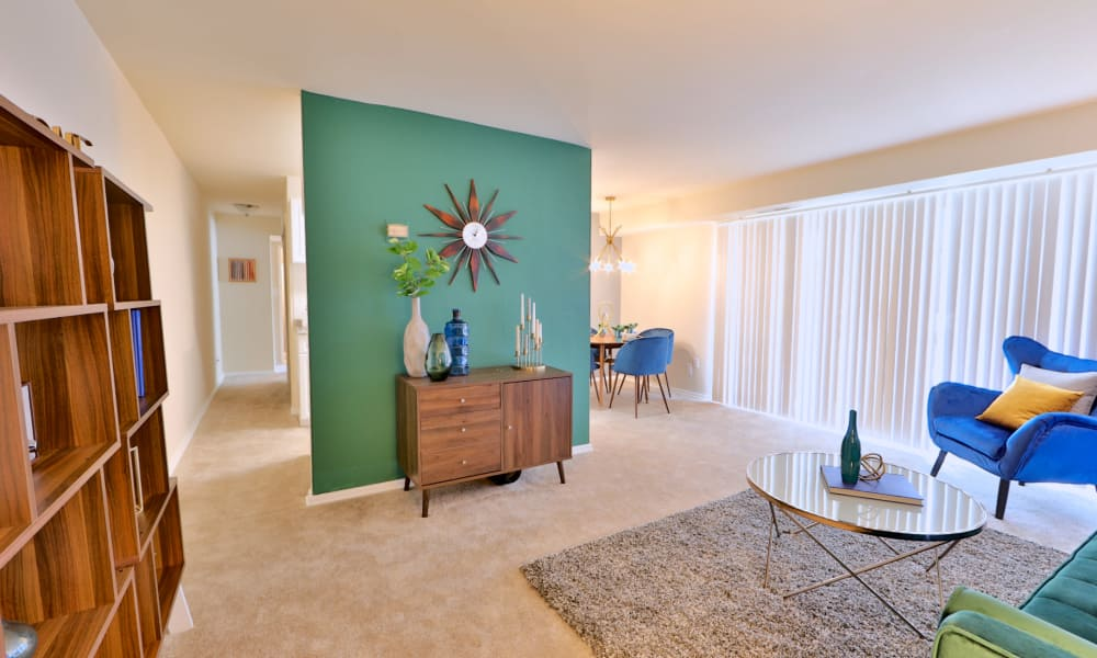 Living Room at Brookdale at Mark Center Apartment Homes in Alexandria, VA