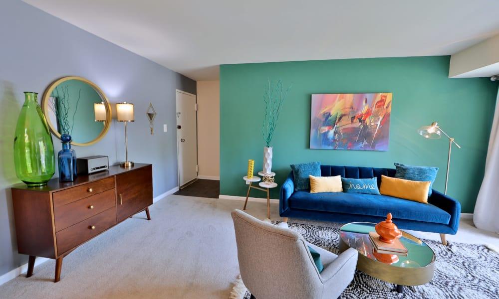 Cozy Living Room at Lynbrook at Mark Center Apartment Homes in Alexandria, VA