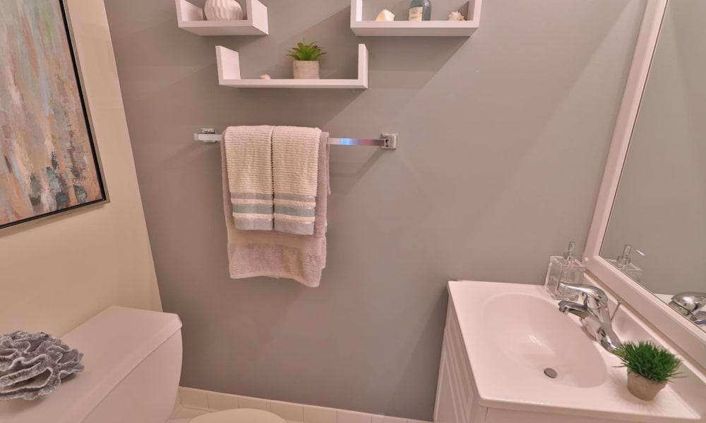 Bathroom at Lynbrook at Mark Center Apartment Homes in Alexandria, VA