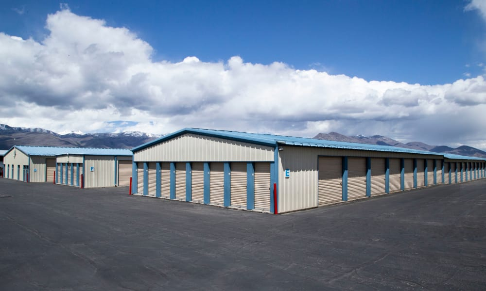 Our facility in Heber City, Utah showcase exterior drive up units