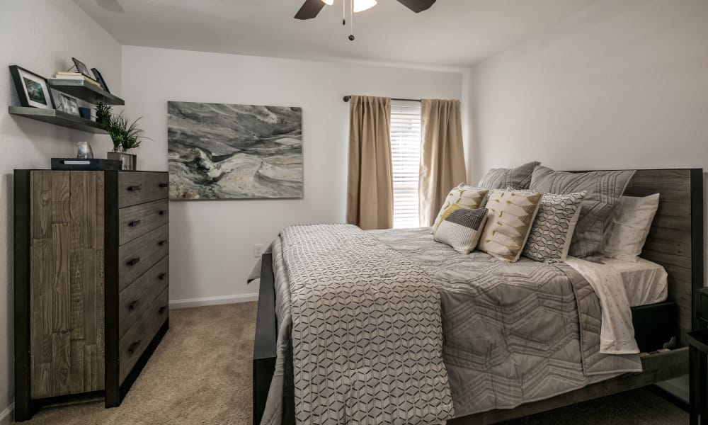Our apartments in Hattiesburg, Mississippi have a naturally well-lit bedroom