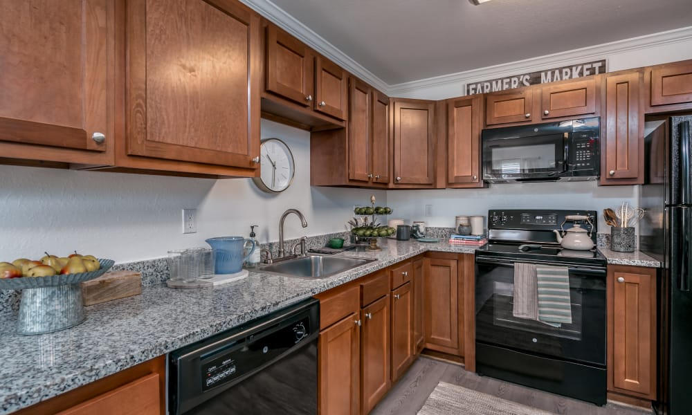 Landmark Apartments Hattiesburg offers a spacious kitchen in Hattiesburg, Mississippi