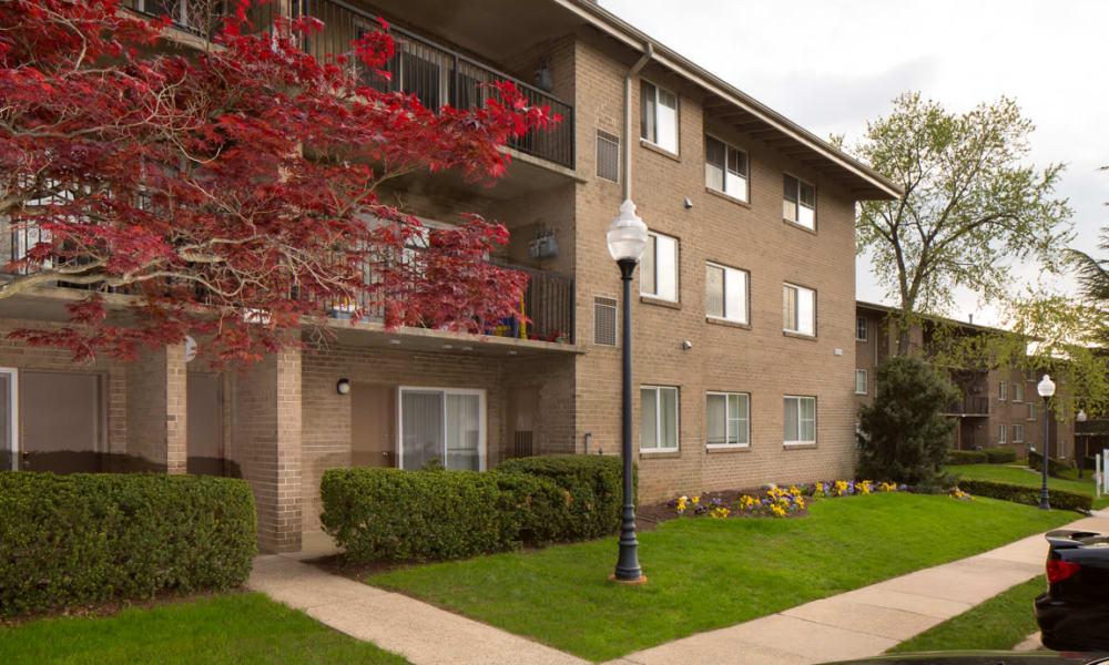 Stoneridge at Mark Center Apartment Homes | Apartments in Alexandria, VA