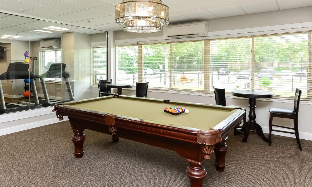 Fantastic amenities at Towers of Windsor Park Apartment Homes in Cherry Hill, NJ