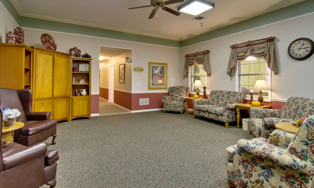 Common area at The Arbors at Lakeview Bend in Mexico, Missouri