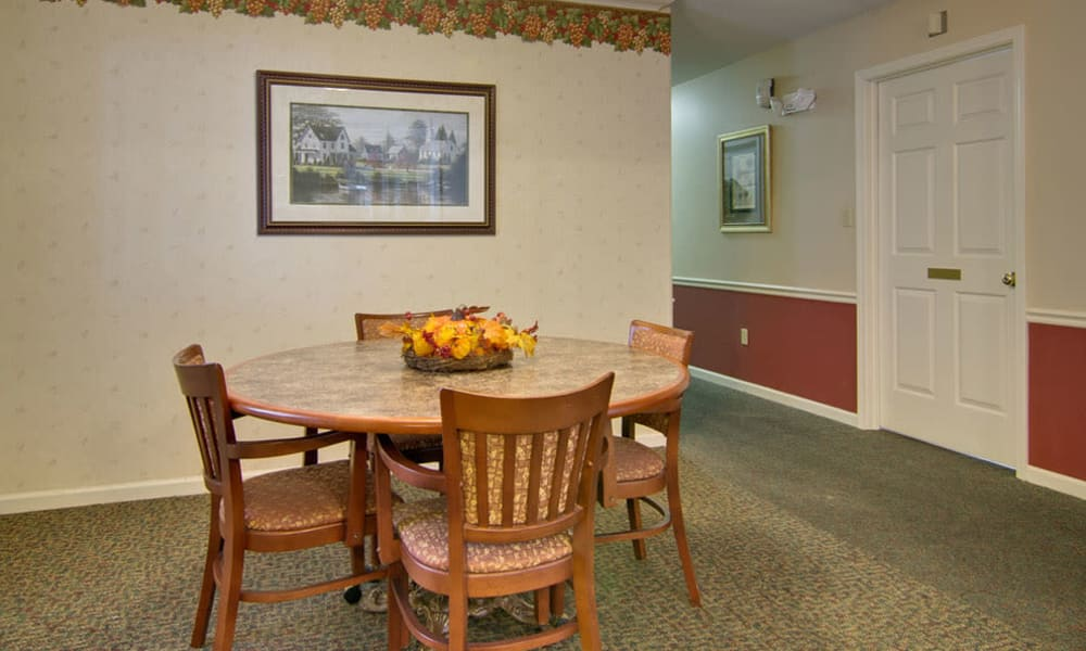 Family dining room at The Arbors at Lakeview Bend in Mexico, Missouri