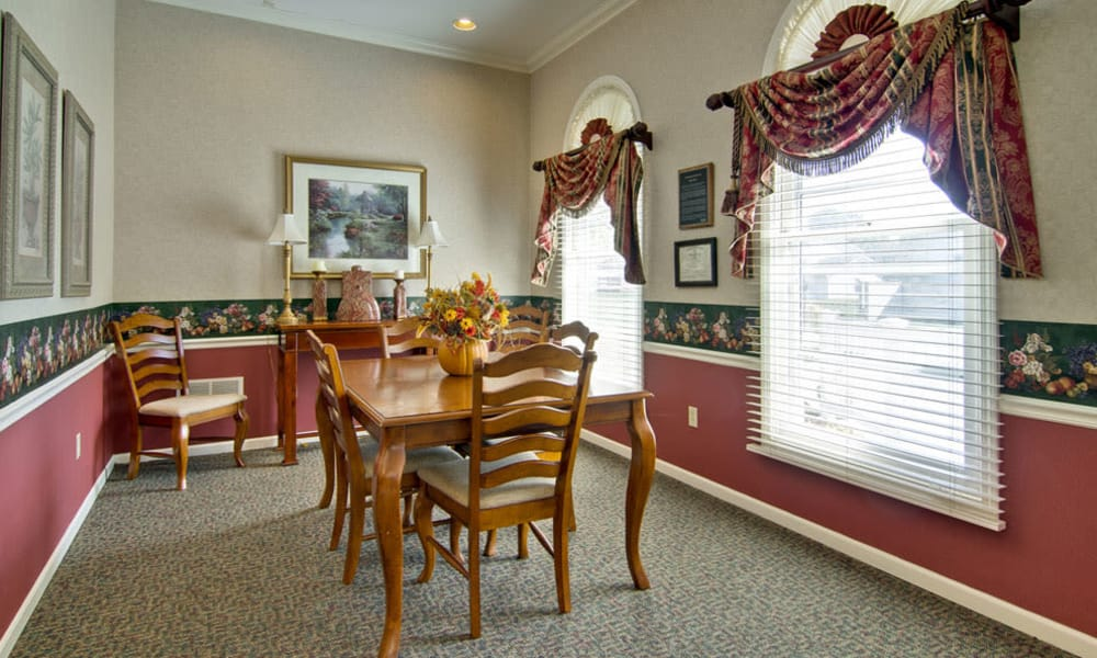 Dining area at The Arbors at Lakeview Bend in Mexico, Missouri