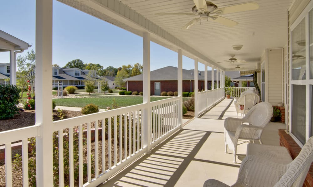 Front porch at Teal Lake Senior Living in Mexico, Missouri