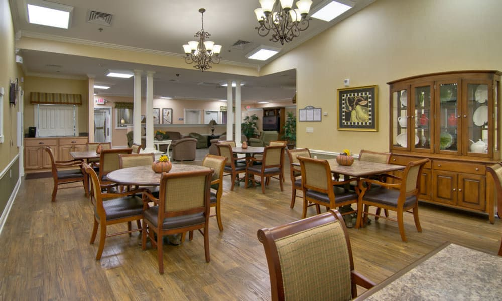 Community dining area at Parkway Gardens Senior Living in Fairview Heights, Illinois