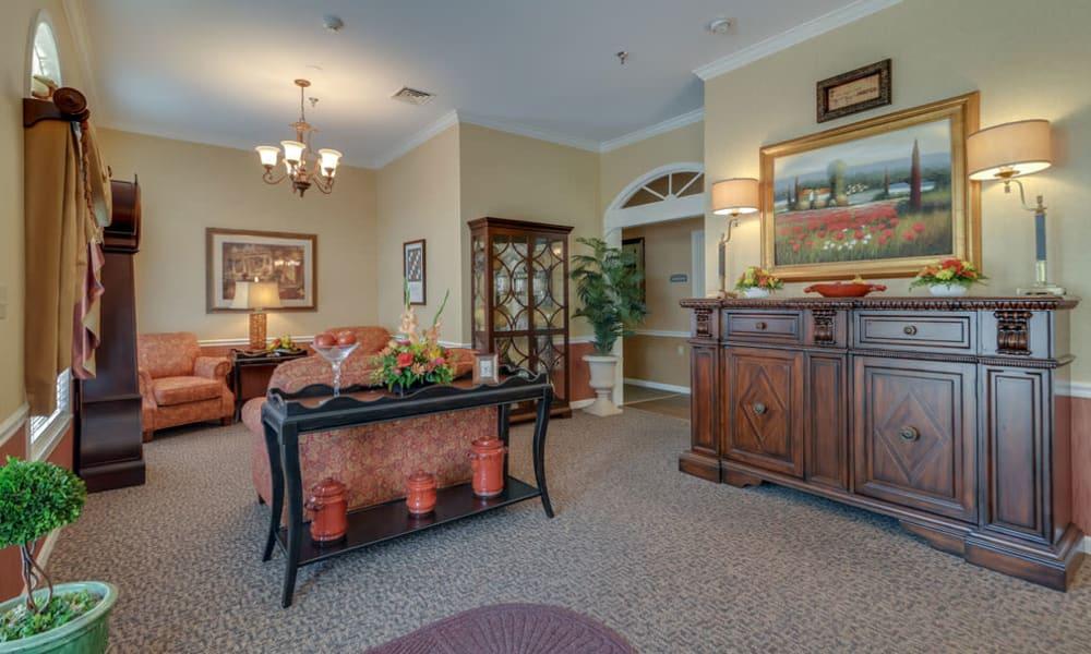 Common room at Westbrook Terrace Senior Living in Jefferson City, Missouri
