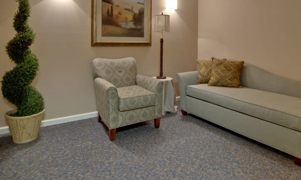 Quiet reading room at Sugar Creek Senior Living in Troy, Missouri