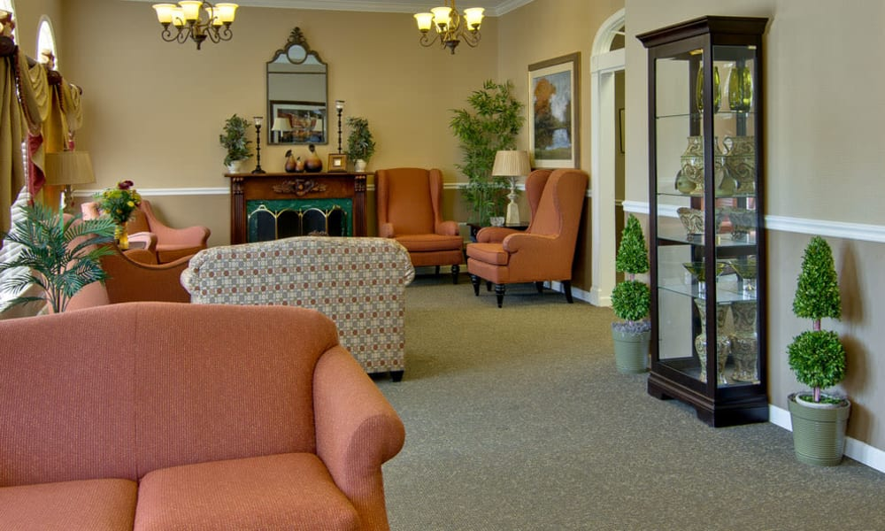 Quiet reading room at Highland Crest Senior Living in Kirksville, Missouri