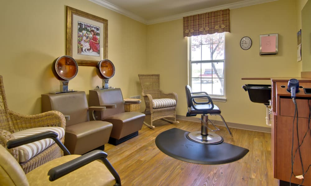 Highland Crest Senior Living offers an on site hair salon in Kirksville, Missouri