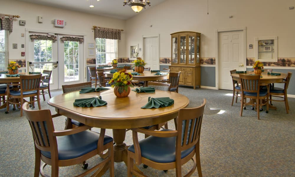 Main dining hall at the Highland Crest Senior Living community in Kirksville, Missouri