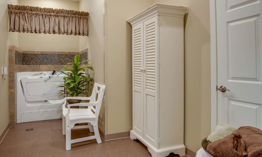 Wash room at Maplebrook Senior Living in Farmington, Missouri