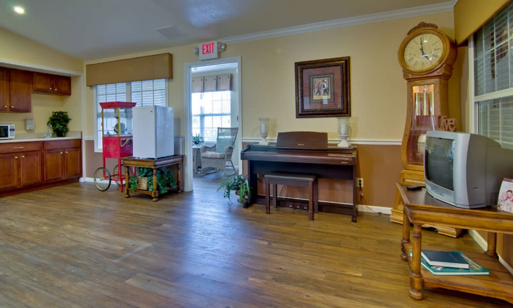 Activity and music room at Silver Creek Senior Living in Joplin, Missouri