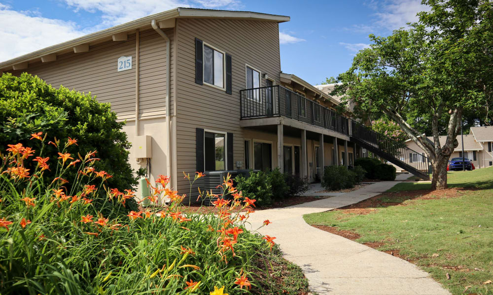 West Athens, GA Apartments | The Bluffs at Epps Bridge
