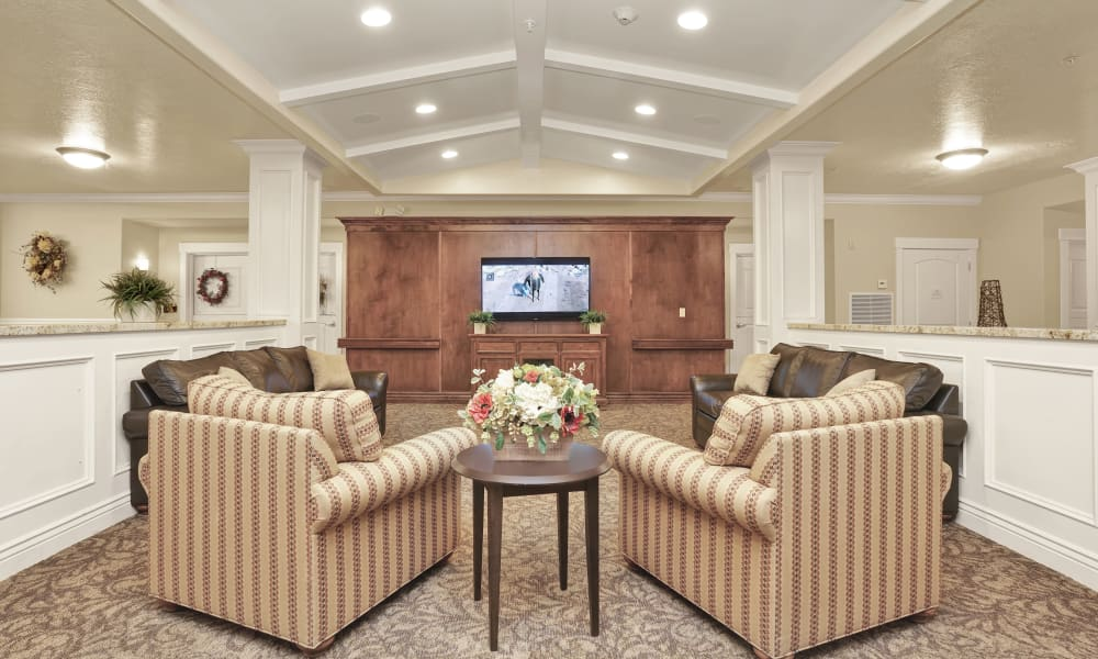 Tv room at Highland Glen in Highland, Utah