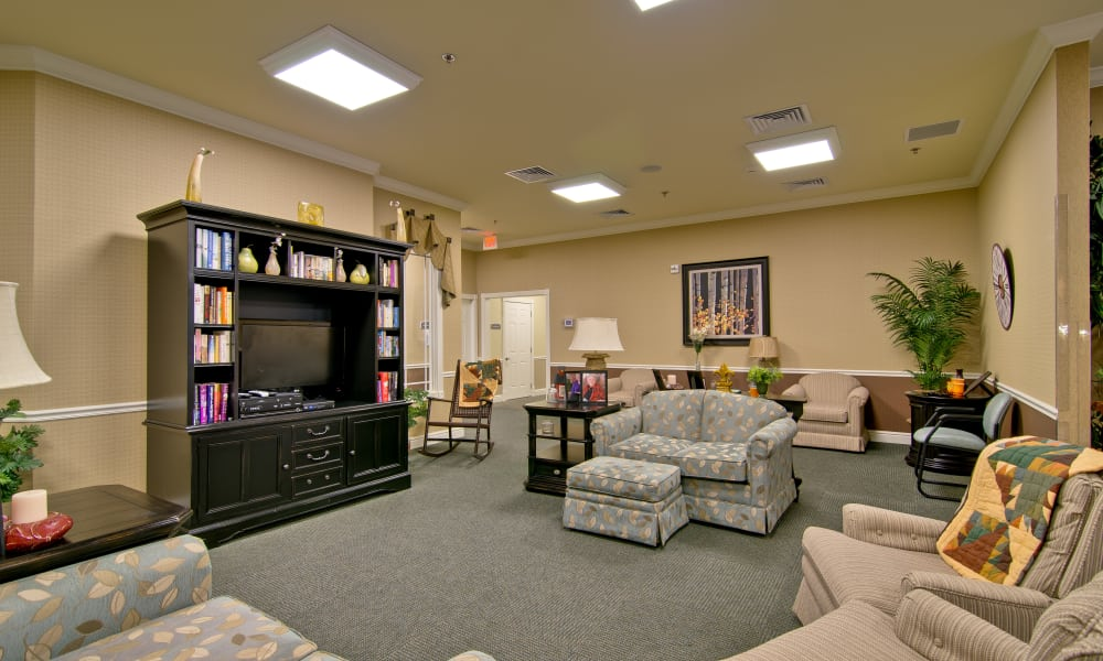 On-campus theater at the Schilling Gardens Senior Living community in Collierville, Tennessee