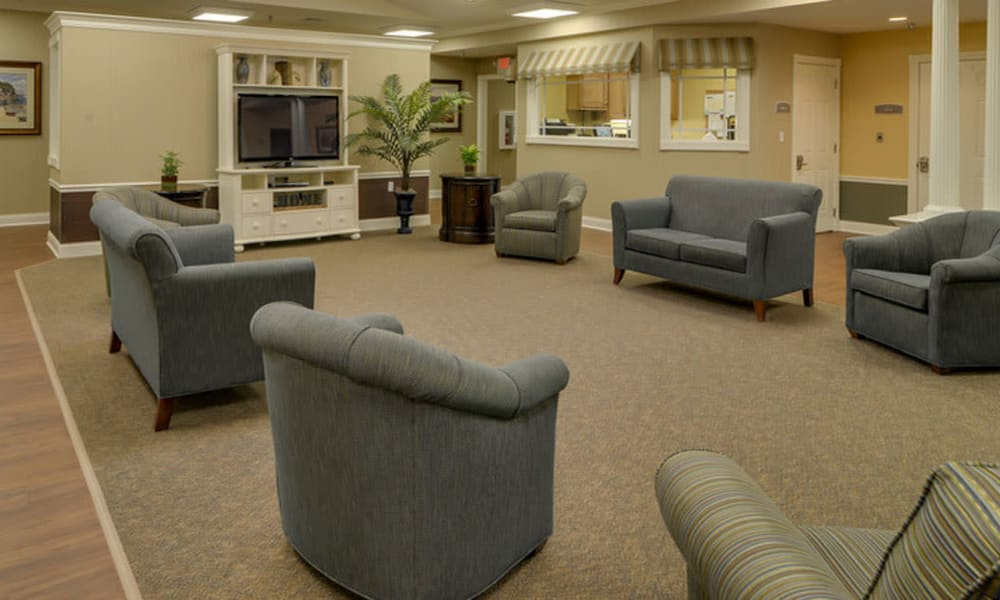 Secondary entertainment room at Colony Pointe Senior Living community in Columbia, Missouri