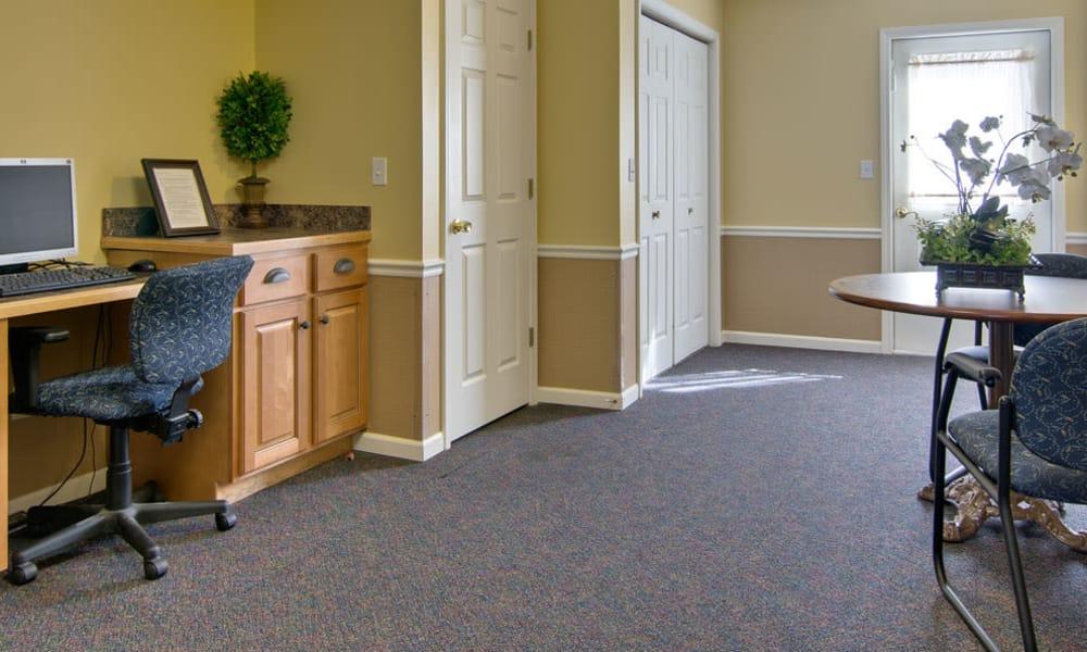 Community computer room at Westport Estates Senior Living in Marshall, Missouri