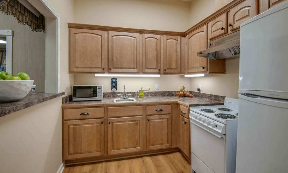 Assisted Living community kitchen at South Breeze Senior Living in Memphis, TN