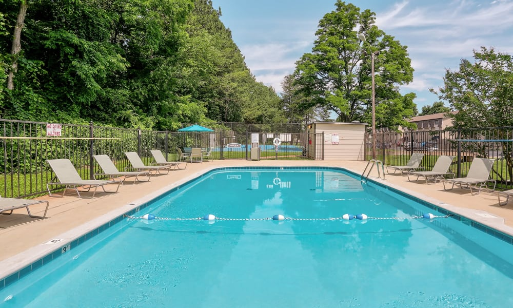Swimming pool at Parkview Flats in Murfreesboro, TN