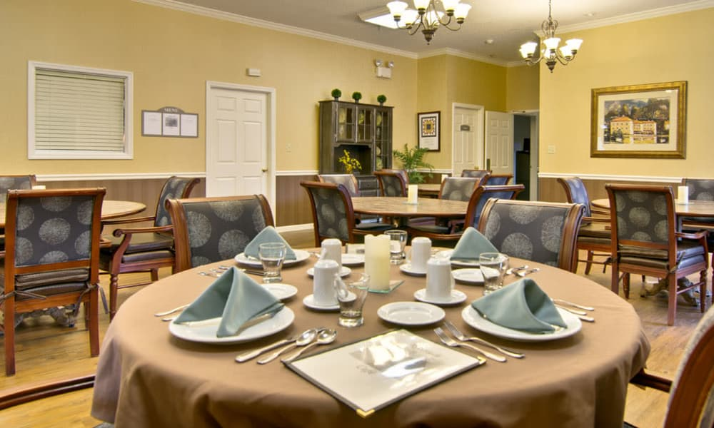 Dining area at the center of St. Francis Park Senior Living in Kennett, Missouri