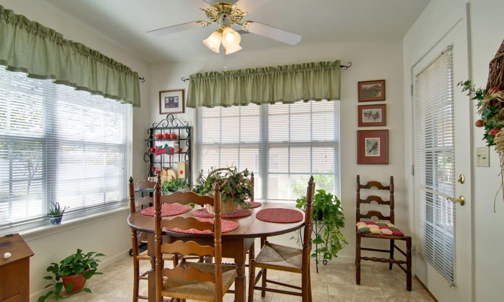 Model dining room for Independent Living at St. Francis Park Senior Living community in Kennett, Missouri