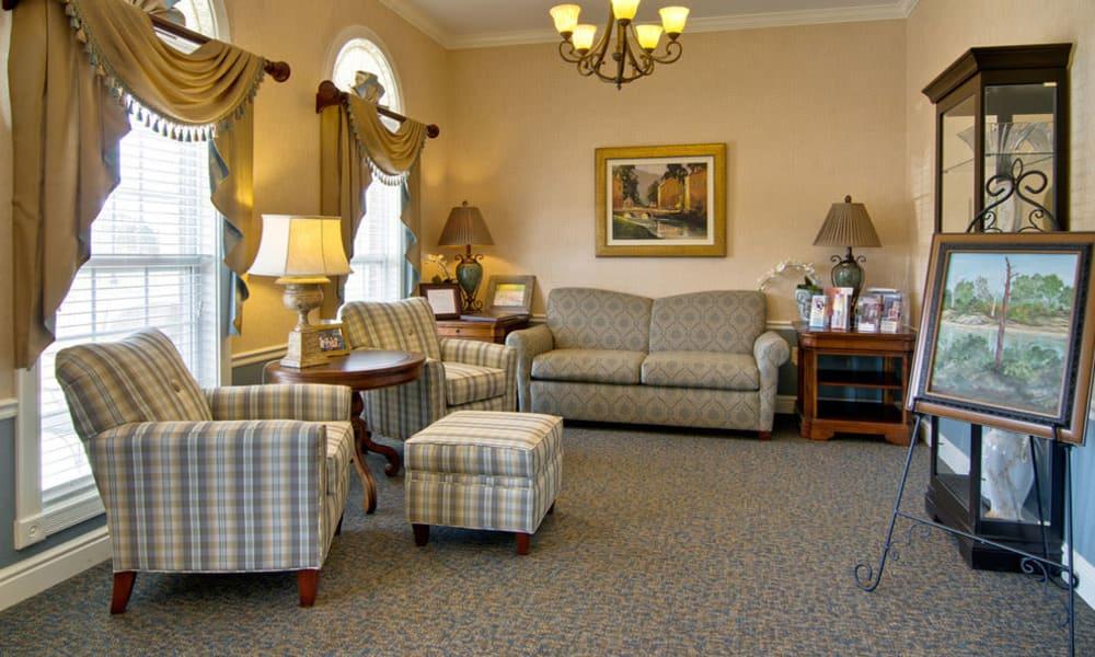 Reading lounge at Hartmann Village Senior Living in Boonville, Missouri
