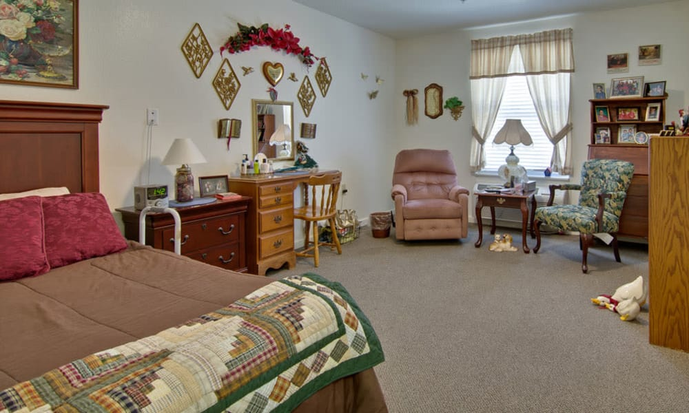 Assisted Living bedroom at Foxberry Terrace in Webb City, Missouri