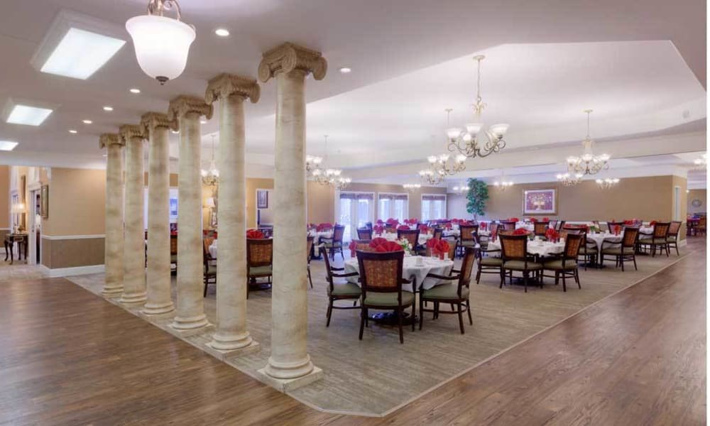 Dining area at the center of TigerPlace in Columbia, Missouri
