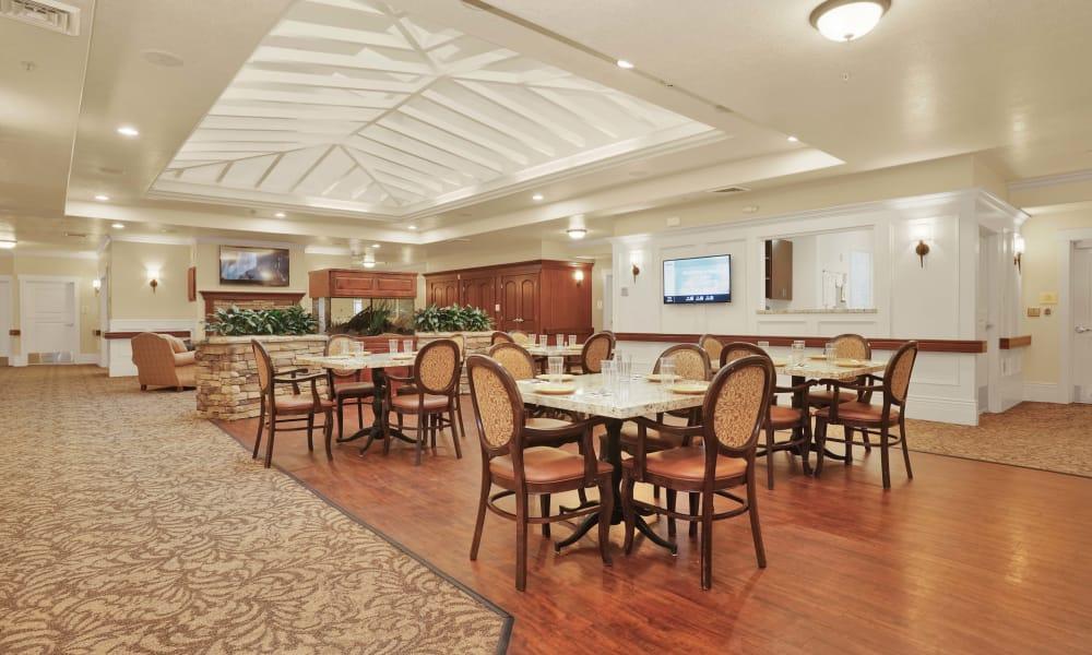 Dining tables at Highland Glen in Highland, Utah