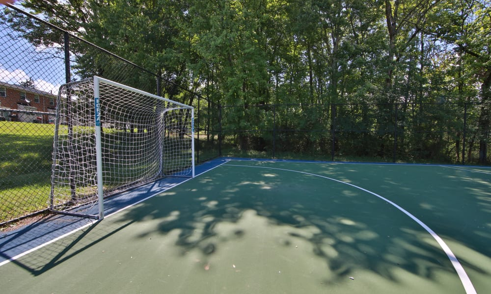 Enjoy Apartments with a Sports Court at The Glens at Diamond Ridge in Baltimore, Maryland
