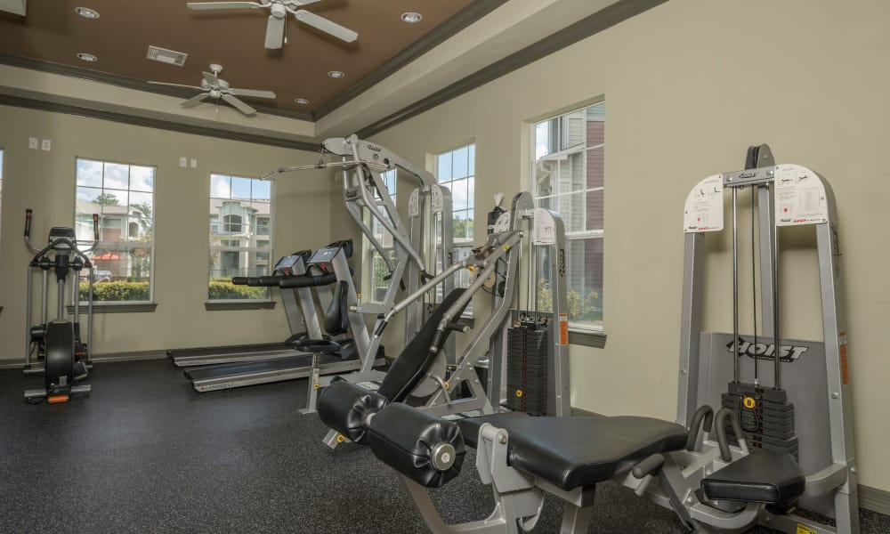 Cambria Cove Apartments offers a fitness center in Houston, Texas