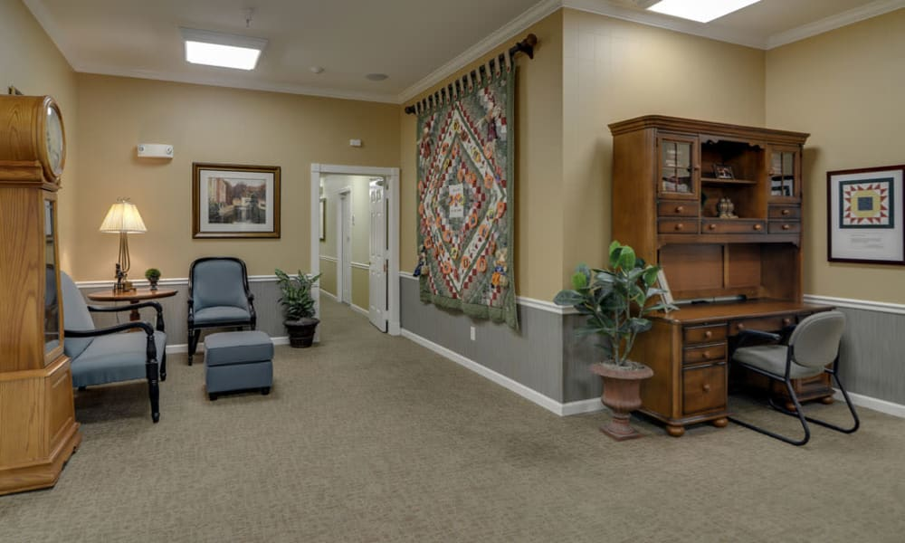 Resident lounge at Springfield Heights in Springfield, Tennessee