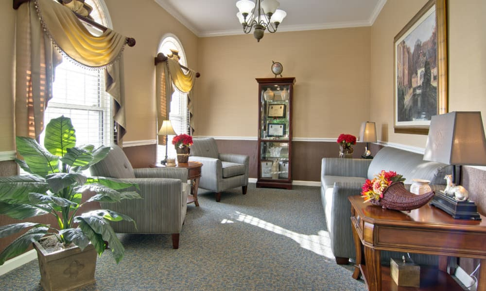 Community lounge with comfortable seating at Parkway Cove in Covington, Tennessee