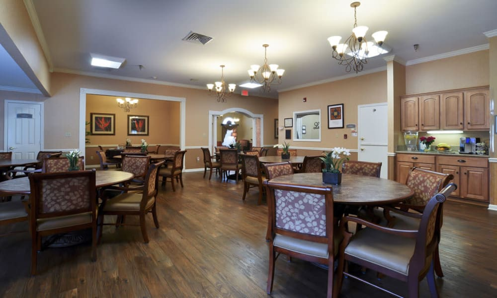 Dining area at the center of Dogwood Bend in Clarksville, Tennessee