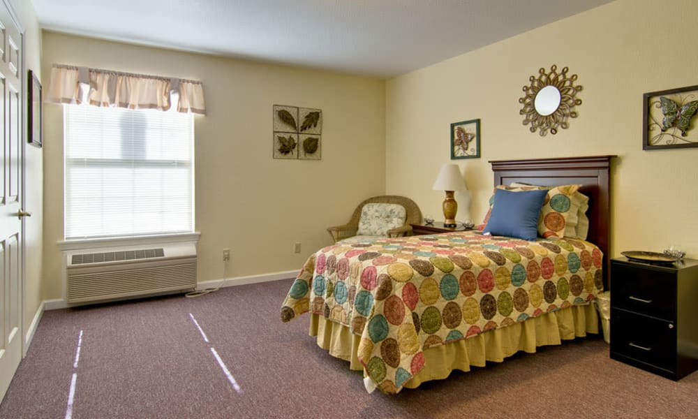Spacious single bedroom at Asbury Cove in Ripley, Tennessee