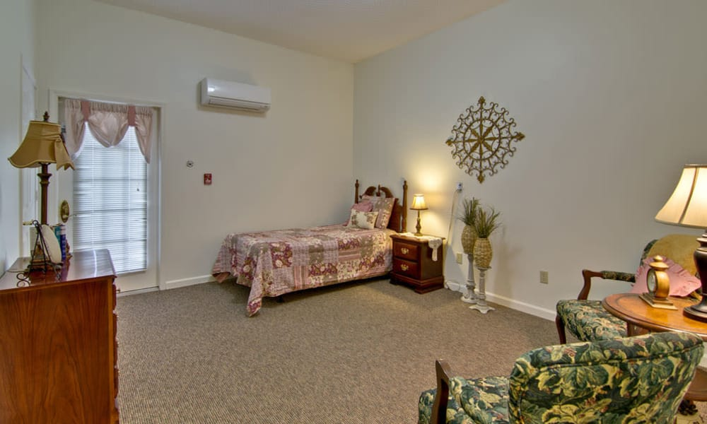 Spacious single bedroom at Greenbrier Meadows in Martin, Tennessee