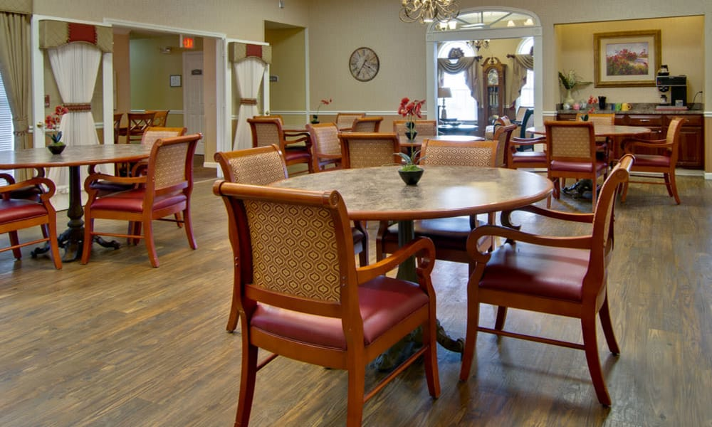 Dining area at the center of NorthRidge Place in Lebanon, Missouri