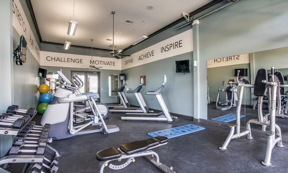 Fitness center at Overlook at Stone Oak Park in San Antonio, Texas